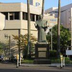 小松帯刀の銅像