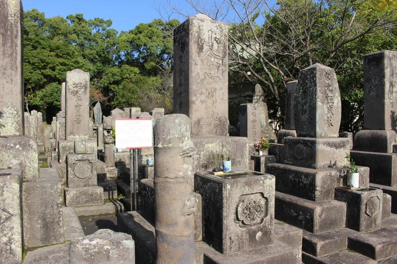 南洲神社と南州墓地~西郷隆盛の墓など幕末の志士が眠る墓所【鹿児島観光】